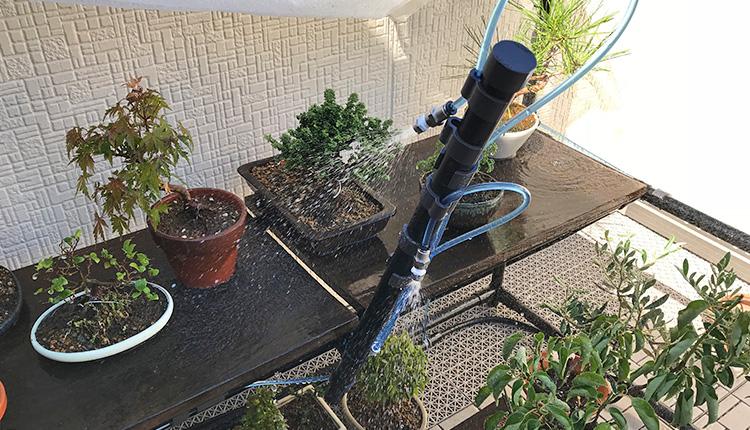 盆栽棚に自動潅水スプレー追加